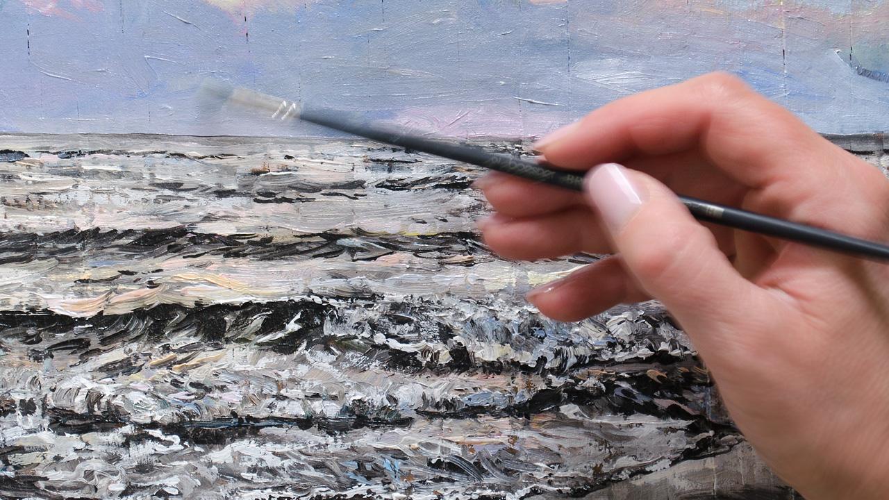 Ute Martens beim Malen mit Ölfarben